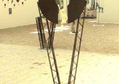 muss_es_sein-dos_sculpture