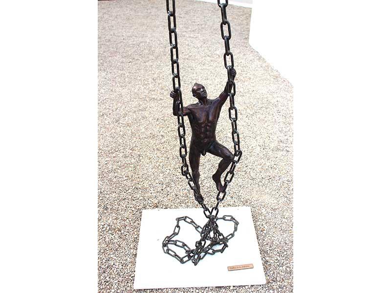politique_du_rebelle-sculpture